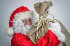 Papai Noel com saco grande imagem de stock royalty free