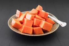 Papaia cortada isolada Imagem de Stock