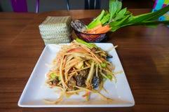 papaja sałatka tajska tradycyjne tajskie jedzenie Zdjęcia Stock