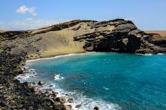 Papakolea/绿色沙子海滩 免版税库存图片