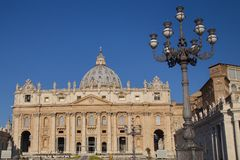 The Papal Basilica of Saint Peter in the Vatican (Basilica Papal Royalty Free Stock Photography