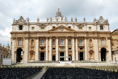 The Papal Basilica of Saint Peter in the Vatican Stock Photography
