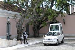 Papamobile - palais présidentiel, Lisbonne, Portugal Images libres de droits