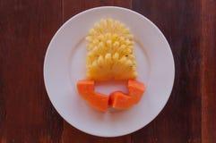 Papaya και ανανά φρούτα Στοκ Εικόνες