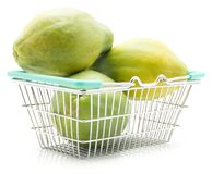 Papaya που απομονώνεται πράσινο Στοκ Φωτογραφίες