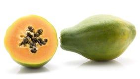 Papaya που απομονώνεται πράσινο Στοκ εικόνες με δικαίωμα ελεύθερης χρήσης