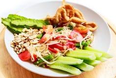 Papaya σαλάτα, Somtam στα ταϊλανδικά τρόφιμα Στοκ Εικόνες