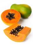 Papaya στην άσπρη ανασκόπηση Στοκ εικόνες με δικαίωμα ελεύθερης χρήσης