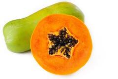 Papaya στο λευκό Στοκ φωτογραφία με δικαίωμα ελεύθερης χρήσης