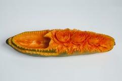 Papaya, die Anzeige in Thailand schnitzt Stockfoto