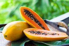 Papaya fresca Imagen de archivo libre de regalías