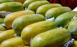 Papaya fruits for sale Stock Photography