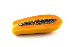 Papaya i vit bakgrund Arkivfoton