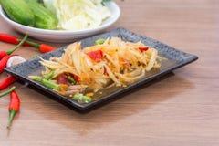 Papaya-Salat-Som Tum thailändisch Lizenzfreie Stockfotos