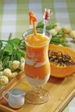 Papaya Smoothie Stockfoto