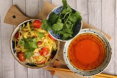 Papaya-und Mango-Salat Lizenzfreies Stockbild