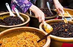 Papayaknipor och olikt av knipor tjänade som på den stora vaten arkivfoto
