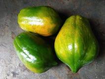 Papayas del dulce tres de Sri Lanka imágenes de archivo libres de regalías