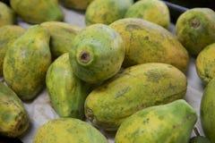 Papayas para la venta en Maui Foto de archivo libre de regalías