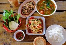 Papayasallad, Somtum thailändsk mat Royaltyfri Fotografi