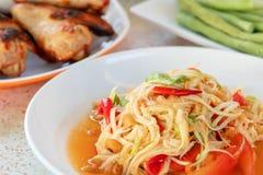 Papayasallad, thailändsk mat royaltyfri foto