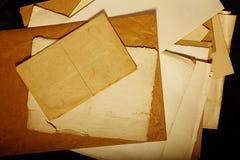 Papel amarilleado viejo vintage de la textura Imágenes de archivo libres de regalías