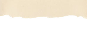 Papel bege com borda rasgada no branco Imagens de Stock Royalty Free