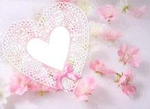 papel com flores cor-de-rosa, fundo bonito do coração da flor ilustração stock