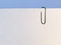 Papel con el clip Foto de archivo libre de regalías