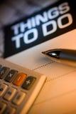 Papel da calculadora, da pena e de notas Imagens de Stock