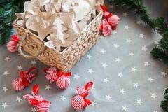 Papel de embalagem do Natal que envolve o espaço da cópia dos presentes 31 de dezembro Imagens de Stock Royalty Free