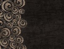 Papel de envolvimento escuro de Kraft com teste padrão do whorl, vintage decorativo Imagens de Stock