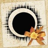 Papel de la vendimia con el marco y la flor Imagen de archivo
