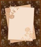 Papel de la vendimia sobre fondo floral Foto de archivo