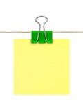 Papel de nota amarillo de post-it Fotos de archivo libres de regalías