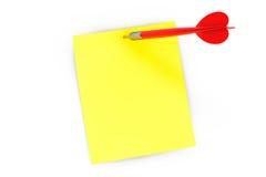 Papel de nota e seta dos dardos Foto de Stock Royalty Free