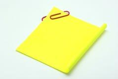 Papel de nota en blanco Foto de archivo libre de regalías
