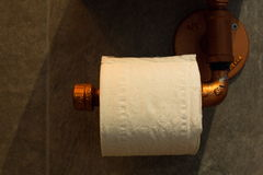 Papel de papel higiénico Imagen de archivo libre de regalías