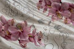 papel de parede 3d, ramalhete das orquídeas na seda e fundo do muro de cimento Efeito das pinturas murais ilustração royalty free
