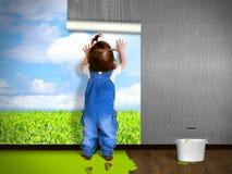 Papel de parede de suspensão da criança engraçada, fazendo reparos Imagens de Stock