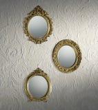 Papel de parede dos espelhos da antiguidade fotos de stock royalty free