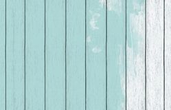 Papel de parede de madeira pintado do fundo com claro - pintura azul da cor fotografia de stock royalty free