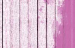 Papel de parede de madeira pintado do fundo com pintura cor-de-rosa foto de stock