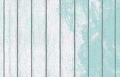 Papel de parede de madeira pintado do fundo com pintura da cor foto de stock