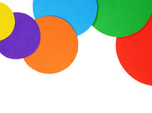 Papel del color de los círculos aislado en blanco Imagenes de archivo