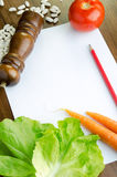 Papel em branco e legumes frescos Foto de Stock Royalty Free