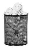 Papel en la papelera de reciclaje aislada Fotografía de archivo libre de regalías