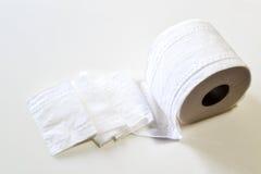 Papel higiénico del lavabo Fotografía de archivo libre de regalías