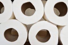 Papel higiénico empilado Fotos de archivo libres de regalías