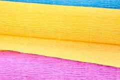Papel ondulado de três cores, close-up fotografia de stock royalty free